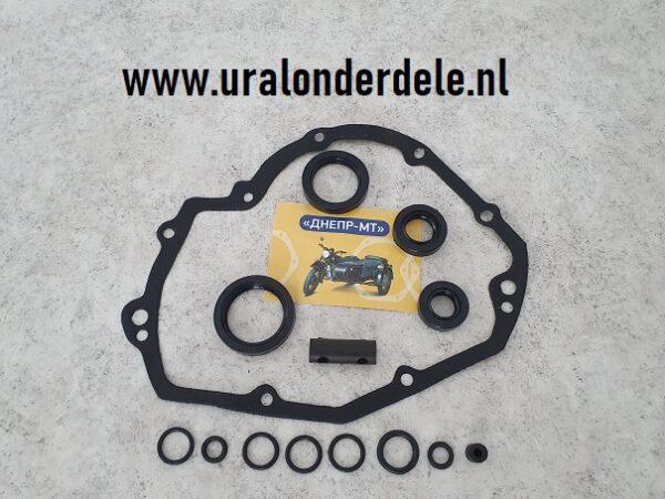 Pakking en keerringen set versnellingsbak Dnepr MT www.uralonderdelen.nl