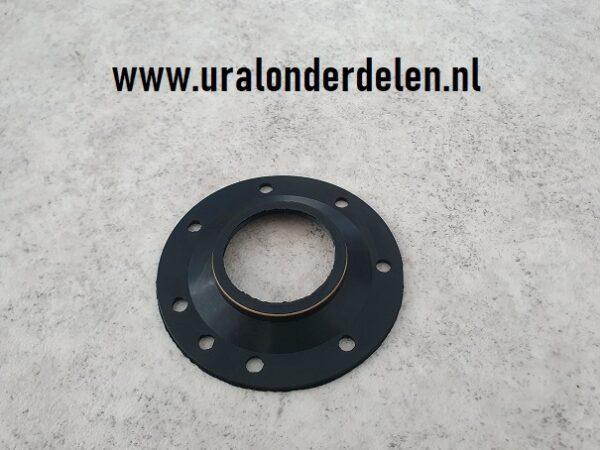 Grote keerring wielzijde van cardan www.uralonderdelen.nl ural dnepr k750 m72